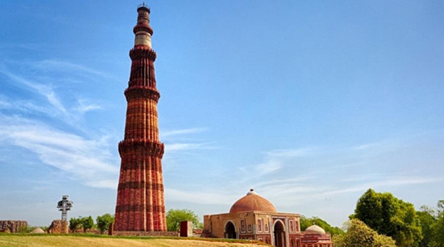 Qutab Minar and its Monuments, Delhi